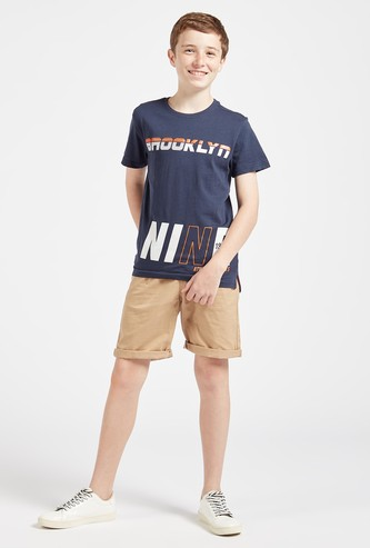 Graphic Print Short Sleeves T-shirt with Solid Shorts Set