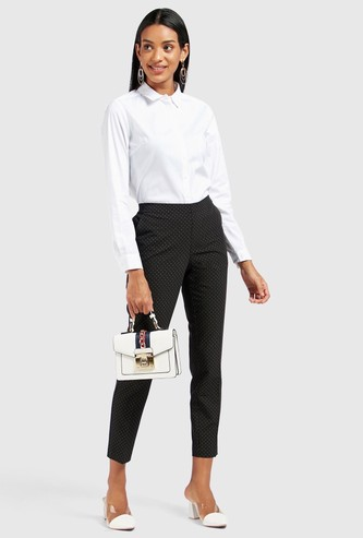 All-Over Print Mid-Rise Cropped Trousers with Pocket Detail
