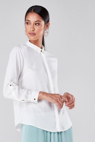 قميص رسمي بأكمام طويلة وياقة بأزرار