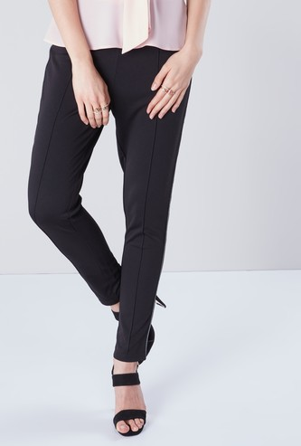 Solid Full Length Mid-Rise Ponte Pant with Tapered Detail