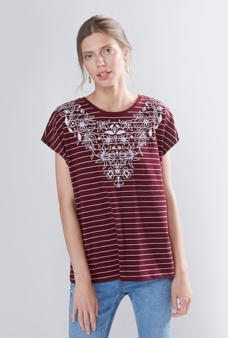 Striped Round Neck T-shirt with Extended Sleeves