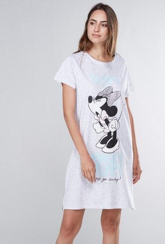 قميص نوم بأكمام قصيرة وطبعات ميني ماوس