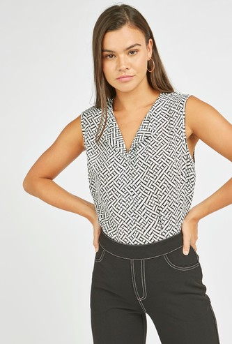 Printed Sleeveless Formal Top with V-neck