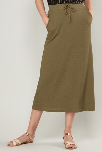Textured Midi Skirt with Pockets and Drawstring Closure