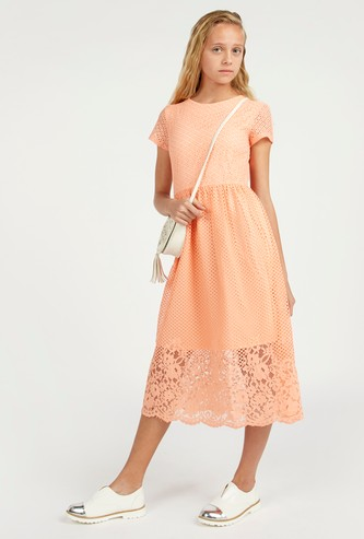 Textured Midi Dress with Short Sleeves