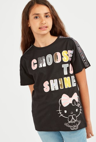 Hello Kitty Print T-shirt with Round Neck and Short Sleeves