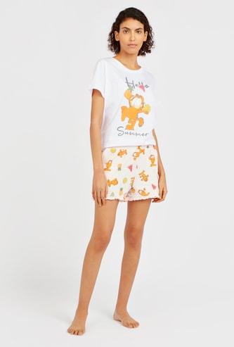 Garfield Print T-shirt and Shorts Pyjama Set