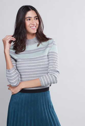 Slim Fit Striped Crop Sweater with Long Sleeves