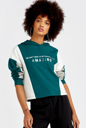 Printed Colourblock Sweatshirt with Hooded Neck and Long Sleeves
