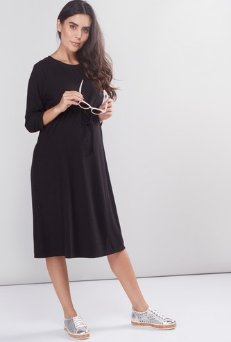 Maternity Textured Midi Dress with Round Neck and 3/4 Sleeves