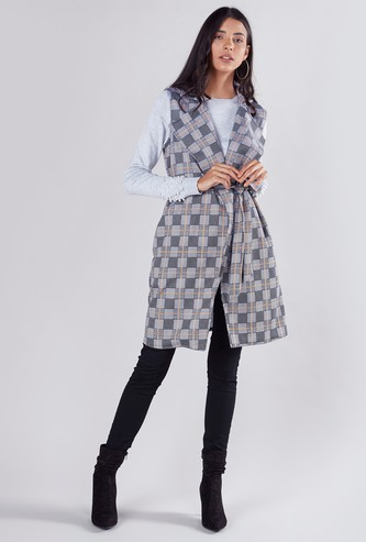 Chequered Sleeveless Coat with Notched Lapel and Tie Ups