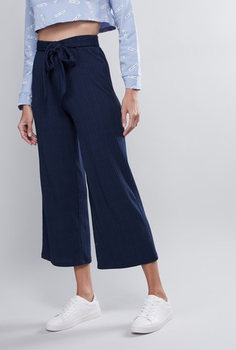 Textured Mid Rise Culottes with Tie-Ups