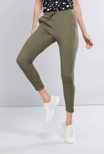 Textured Mid-Rise Pants with Pocket Detail and Drawstring