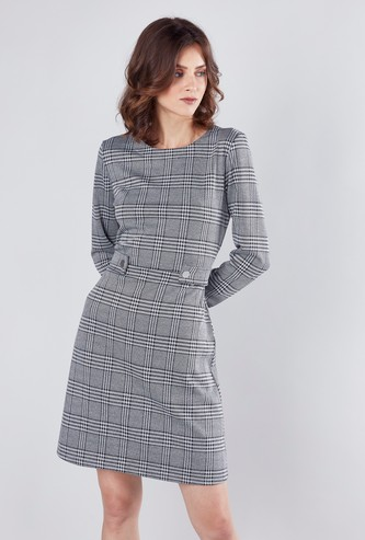Chequered A-line Midi Dress with Long Sleeves and Waist Button Detail