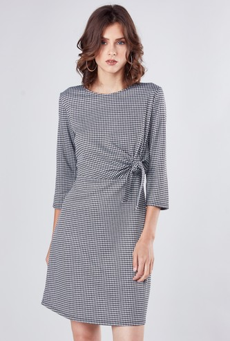 Chequered Midi A-line Dress with 3/4 Sleeves and Knot Detail