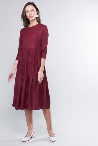 Textured Midi A-line Dress with Round Neck and 3/4 Sleeves