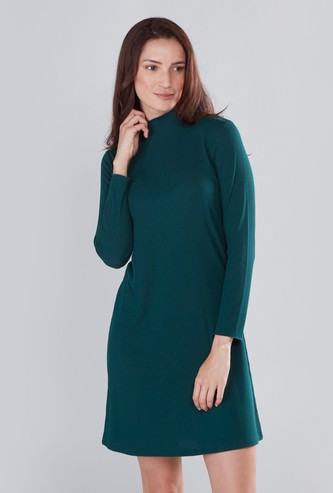 Ribbed Turtleneck Midi Dress with Long Sleeves