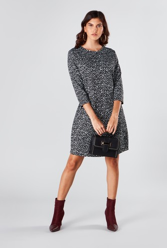 Printed Midi Shift Dress with 3/4 Sleeves and Pocket Detail