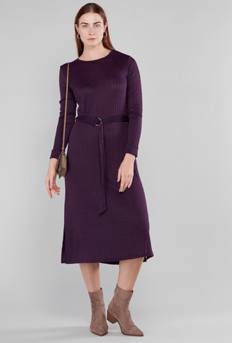 فستان قصير بطبعات زهرية وأكمام طويلة وحزام
