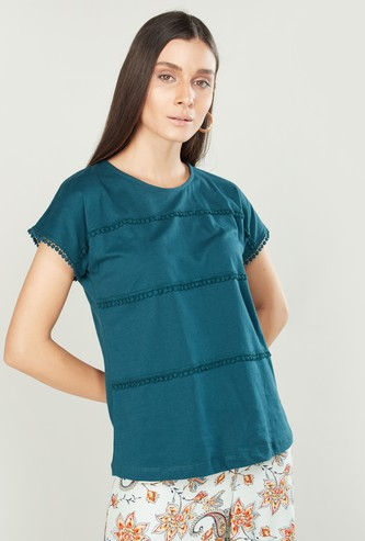 Round Neck T-shirt with Extended Sleeves