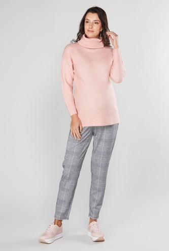Maternity Textured Sweater with Turtleneck and Long Sleeves