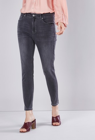 Skinny Fit Ankle Length Jeans with Button Closure