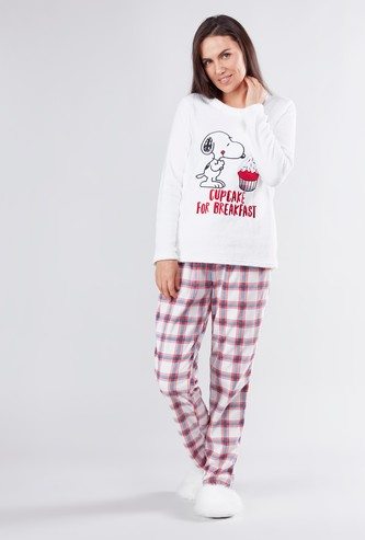 Snoopy Printed Long Sleeves T-shirt and Chequered Pyjama Set