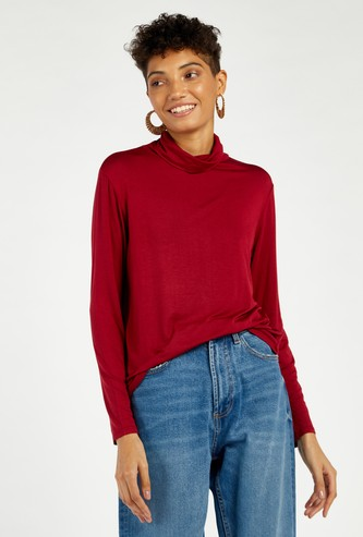 Solid Turtle Neck T-shirt with Long Sleeves