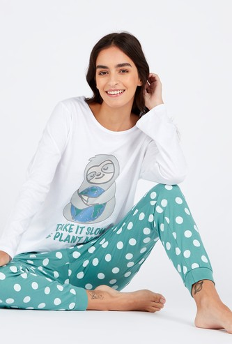 Graphic Print Round Neck T-shirt and Pyjamas Set