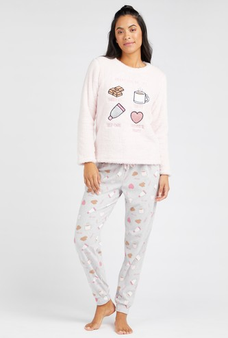 Plush Detail Round Neck T-Shirt and Printed Pyjama Set