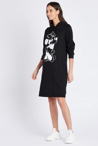 فستان واسع للحوامل بطول الركبة بطبعات ميني ماوس