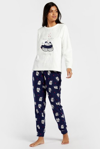 Cozy Collection Long Sleeves Top and Printed Full Length Pyjama Set