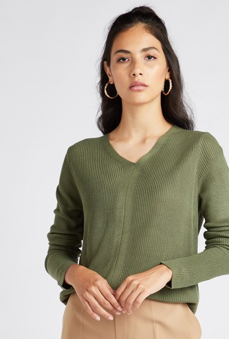 Textured V-Neck Sweater with Long Sleeves