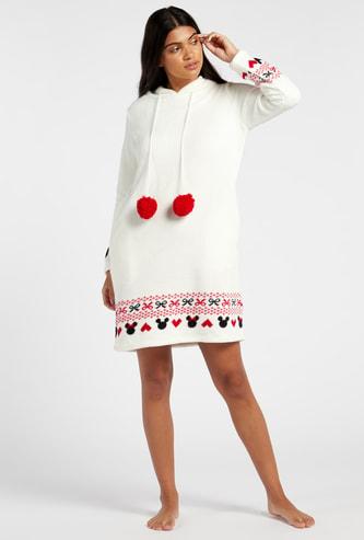 قميص نوم بارز الملمس بياقة بقبّعة وأكمام طويلة وطبعات ميكي ماوس