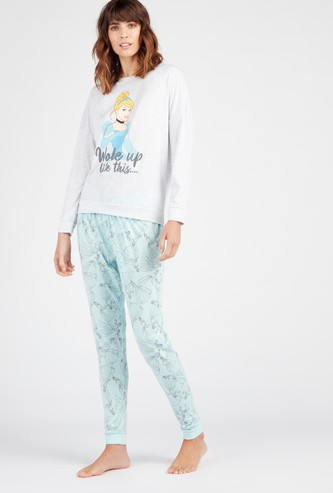 Printed Round Neck T-shirt with Full Length Pyjama