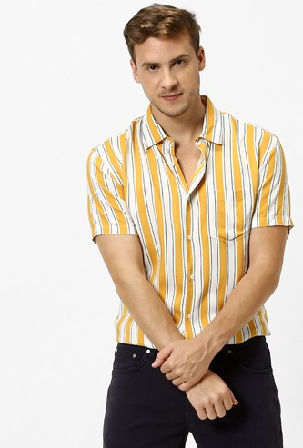 CELIO Striped Short Sleeves Regular Fit Casual Shirt