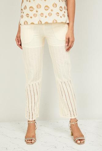 DE MOZA Women Patterned Weave Laser-Cut Cropped Straight Pants