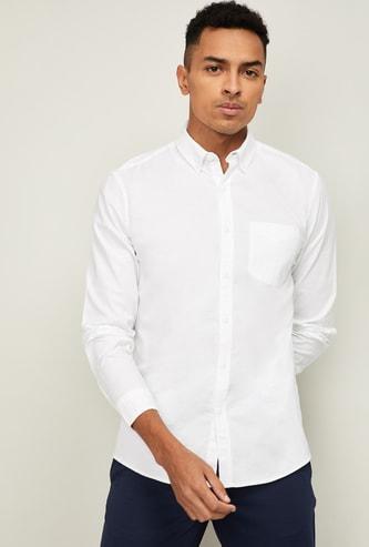 FAME FOREVER Men Solid Slim Fit Casual Shirt