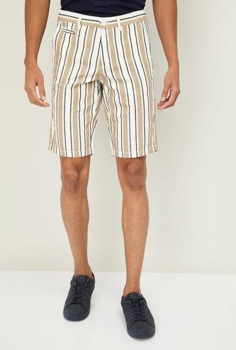 CELIO Men Striped Shorts