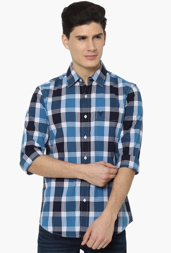 AMERICAN EAGLE Men Checked Slim Fit Casual Shirt
