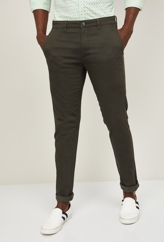 VH SPORTS Men Solid Slim Tapered Fit Trousers