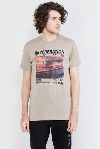 MAX Graphic Print Crew-Neck T-shirt