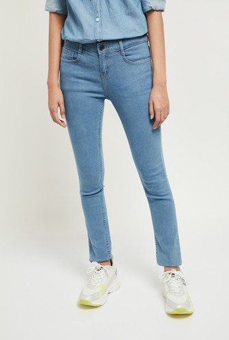 MAX Solid Skinny 5-Pocket Jeans