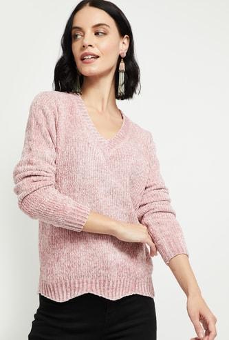 MAX Patterned Knit V-neck Sweater