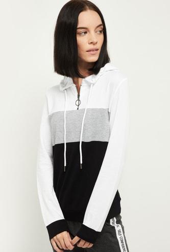 MAX Colourblock Full Sleeves Hooded T-shirt