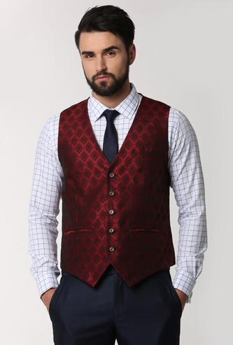 PETER ENGLAND Textured Waistcoat