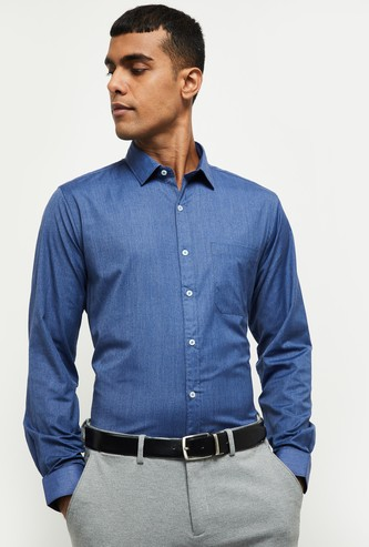 MAX Solid Smart Fit Formal Shirt