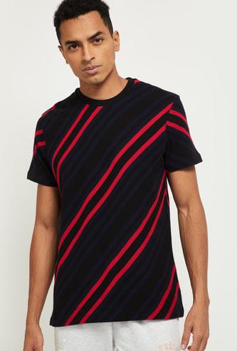 MAX Striped Regular Fit T-shirt
