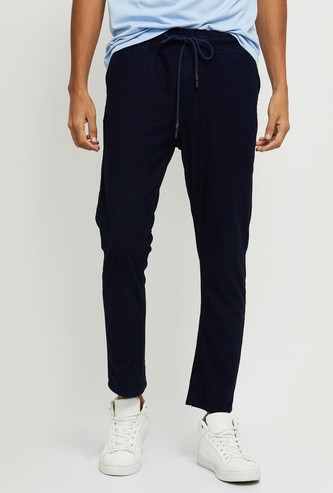 MAX Solid Carrot Fit Casual Trousers
