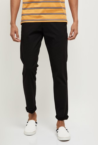 MAX Solid Skinny Fit Chinos